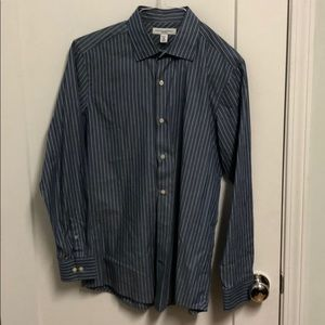 Banana Republic Fitted Men's Dress Shirt.